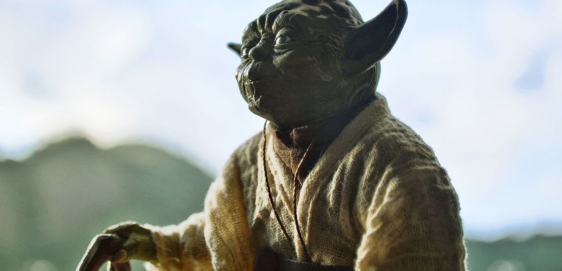 Star Wars Yoda Figurine