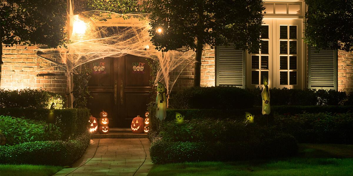 Halloween neighbourhood